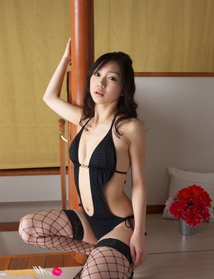Emelina escorts services in Blantyre